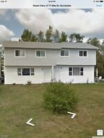 Large 3 Bedroom / 2 Bathrooms Duplex