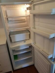 URGENT Fridge & Freezer Westinghouse 270L 4 Star Energy Rating Chifley Woden Valley Preview