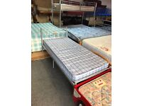 Metal single bed with mattresse