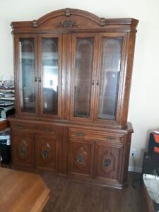 Solid Wood Dinning Table, China Cabinet & Hutch