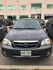 Mazda Tribute 2006 180,000kms * mint  condition *