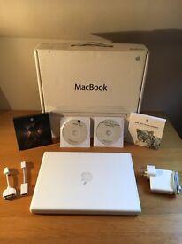 MacBook Late 2007, Boxed, 4GB RAM, 250GB Hard Drive