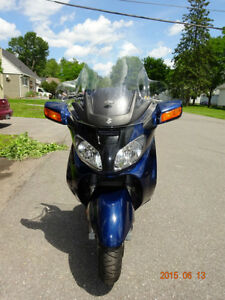 2003 Suzuki 650 Burgman scooter/motorcycle $2850 certified!