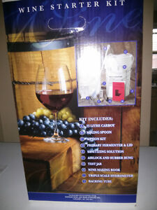Wine/Beer starter kit with Glass carboy Kitchener / Waterloo Kitchener Area image 1