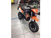 Road legal pit bike 125cc