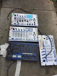 Multi channel mixer (faulty for parts)