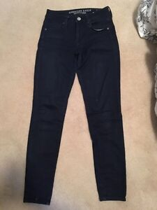 Size 2 High Waisted American Eagle Jeggings
