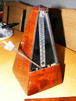 Wittner Metronome Mahogany Wood Finish Key Wound W-Germany