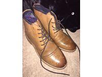 Goodwin women's shoe boots brand new
