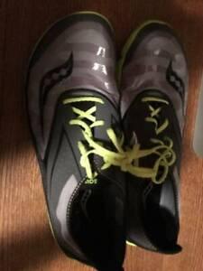 Men's Saucony Gym Shoes