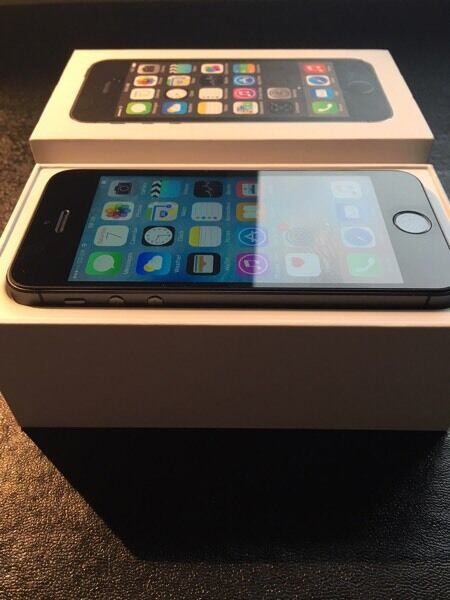 IPHONE 5s Space Grey colour 16GB UNLOCKED in Mint conditiontxt Chris 07462496929in Bonnyrigg, MidlothianGumtree - iPhone 5s Space Grey colour 16gb UNLOCKED refurbished in MINT condition NO scratches! has the following parts installed (screen battery back housing charging port) so the phone is looking and is like Brand new,comes with all accessories New Apple...