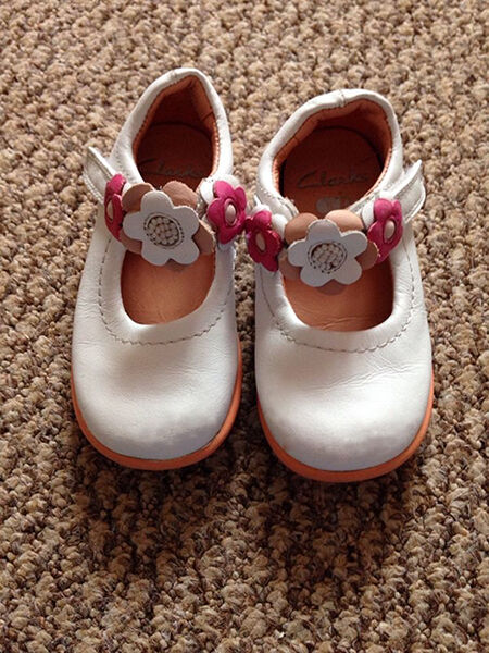 How to Buy Used Baby Shoes