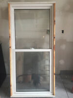 "2 Fenêtres guillotine 68"" x 33"" / 2 double hung windows"