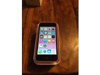 iPhone 5c 16gb in pink on 02