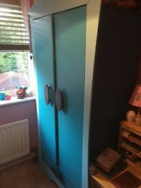 Double wardrobe with 1 drawer- LIKE NEW!! For child room