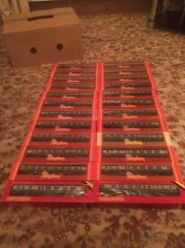 24 X Hornby intercity train carriages