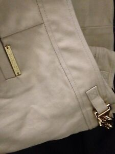 Michael Kors Dress Pants Size 4  Prince George British Columbia image 2