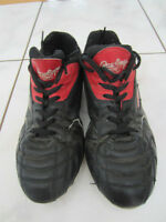 Rawlings Soccer Shoes with cleats, Size 5