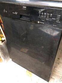 Zanussi timeline AAA dishwasher (Black)