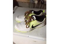 Size 10 Nike golf shoes