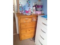 Baby dressing , chest of drawers n bath changer