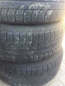 Snow tires and rims, 205/65R15 London Ontario image 3