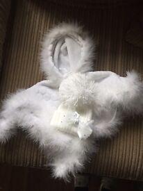 Newborn white poncho & hat set