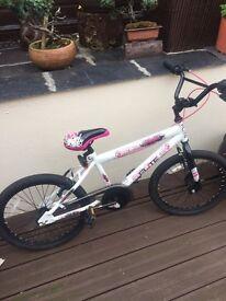 Girls flite bike