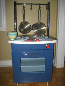 Pottery Barn Kids Kitchen Set + 2 pans