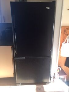Bottom freezer refrigerator for sale
