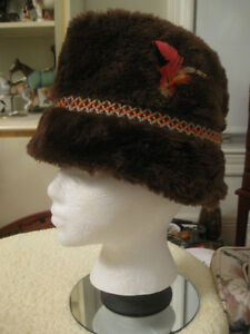 COZY WARM WINTER HAT..QUILTED LINING...FAUX-FUR in CHOC.BROWN