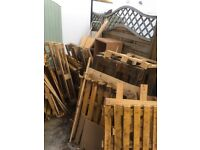 Free wood and wooden pallets