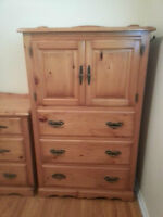 Beautiful Solid Wood Bedroom Set for Sale