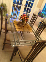 High-End, Beautiful Glass-top kitchen/dining set with 6 chairs