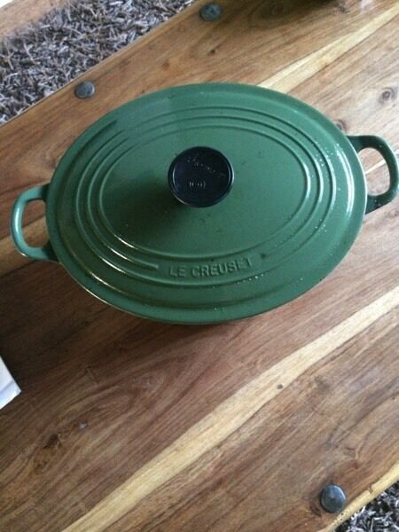 Le Creuset Green large Cast Iron Casserole Dish Pot
