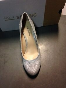 Two pairs of size 7 silver pumps (high heels) Kingston Kingston Area image 2