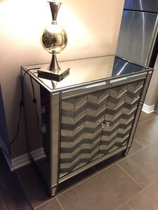 Like NEW Mirrored cabinet w/chevron pattern & lamp MUST SELL!  London Ontario image 1