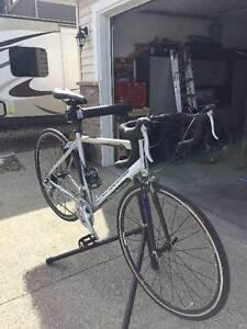 Rocky Mountain Oxygen 10AL road bike