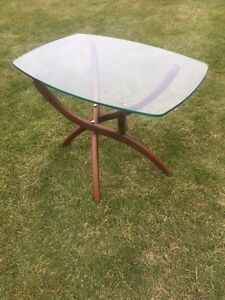Solid walnut spider table
