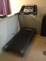GREAT TREADMILL FOR SALE !!! IN GREAT SHAPE !!!