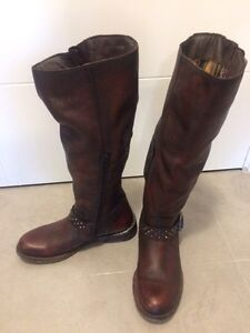Size 41 leather boots