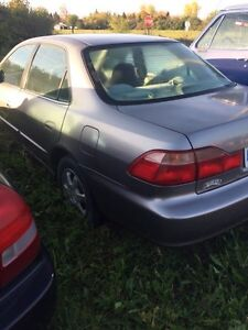2000 Honda Accord parts car Belleville Belleville Area image 2