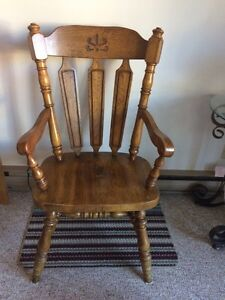 Solid wood captain chair