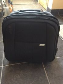 Laptop bag with wheels cabin luggage black