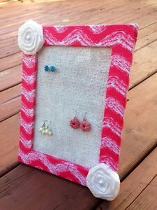 Girls earring holders/organizer London Ontario image 4