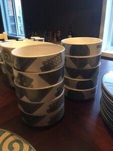 Mikasa fine china dish set  $250 OBO  Kitchener / Waterloo Kitchener Area image 3