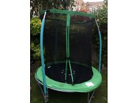Kids 6ft trampoline and enclosure