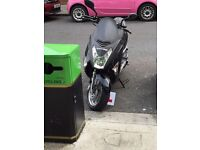 Direct Bikes 125 Lynx Scooter (Seller is Away)
