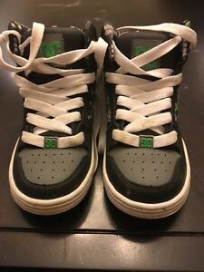 Boys DC high tops size 13 Kitchener / Waterloo Kitchener Area image 2