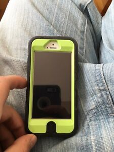 iPhone 5s Telus 16 gig mint condition
